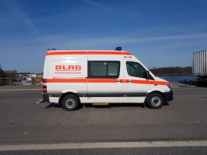 Notfall-KTW Typ B der DLRG für den Betreuungsplatz 500