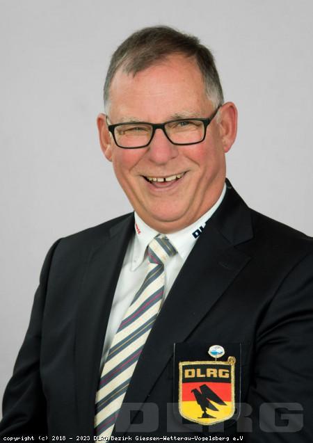Schatzmeister: Wolfgang Launsbach