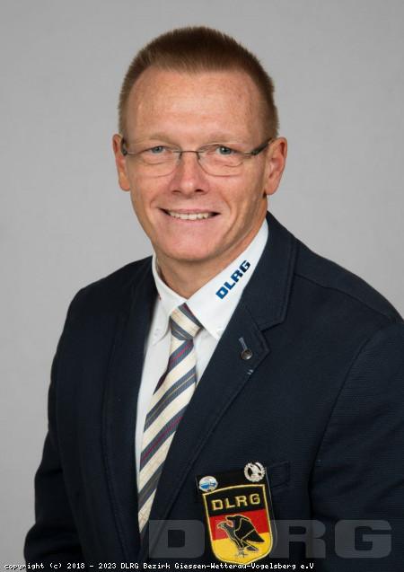 Stellvertretender Bezirksleiter: Thorsten Schnitker