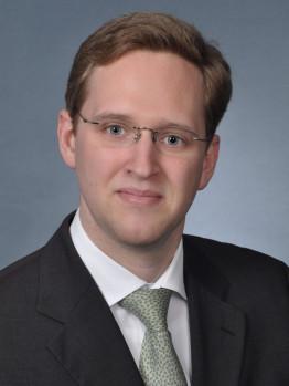 Justiziar: Dr. jur. Jochen Claussen