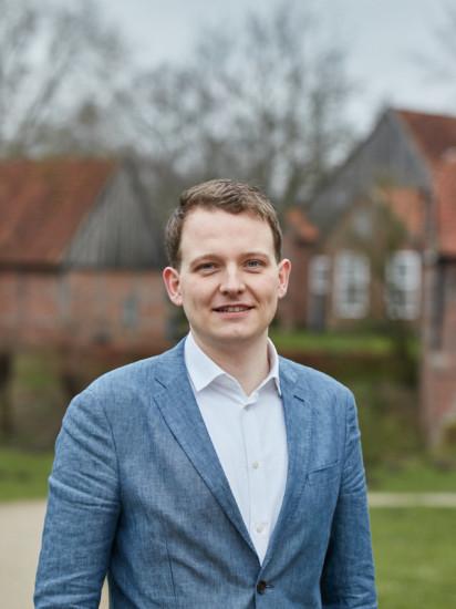 Stellvertretender Vorsitzender: Tom Tenostendarp