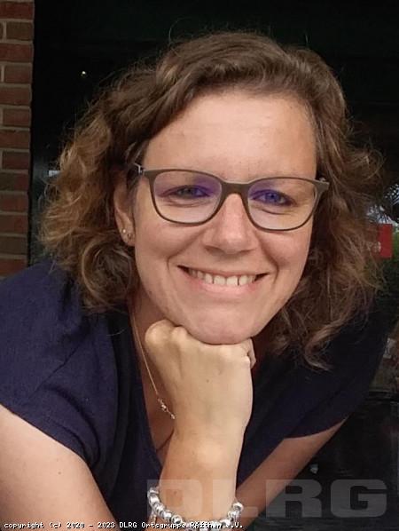 Leiterin der Öffentlichkeitsarbeit: Elke Wenge (Staatl. gepr. Betriebswirtin)